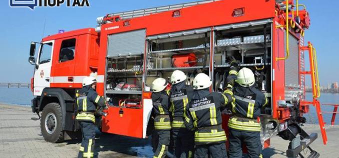 Павлоградские спасатели получили новенький «МАЗ» (ФОТО)