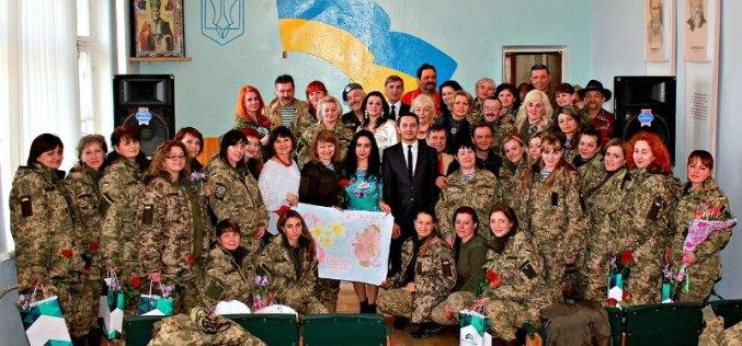 Павлоградцы поздравили женщин на линии фронта (ФОТО)
