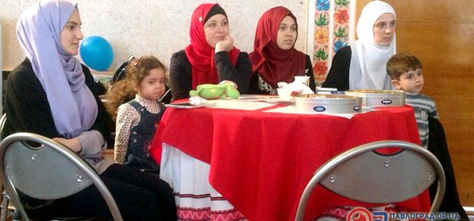Вечер исламской культуры: арабский кофе, лекция и росписи мехенди