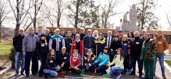 Волонтеры ДТЭК ШУ Днепровское убрали 6 тонн мусора в с. Богиновка