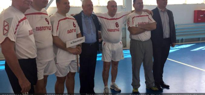 Павлоградские депутаты сменили сессионный зал на спортивный