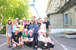 Волонтёры проекта «Будуємо Україну разом» увидели, в каких условиях работают шахтеры