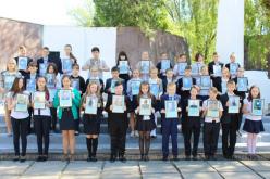 Павлоградцы принесли цветы к братским могилам времен Второй мировой войны (ФОТО и ВИДЕО)