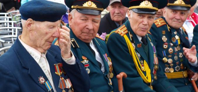 Павлоград отмечает День победы над нацизмом во Второй мировой войне (ФОТОРЕПОРТАЖ)