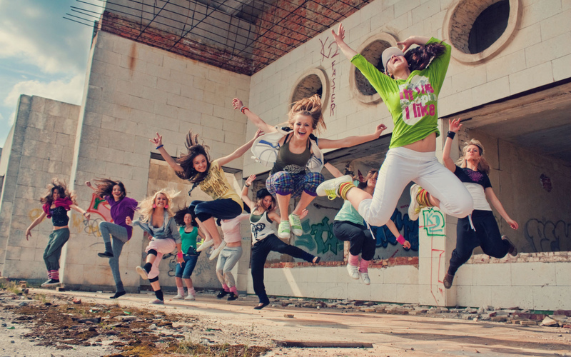 Дискотека, пожарная машина, футбол и джаз. Как пройдет День молодежи на поселке ПХЗ?