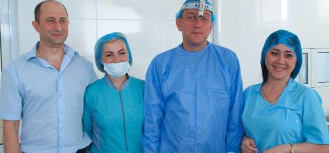 В Павлограде впервые выполнена операция европейского уровня, которая позволит пациенту спокойно дышать