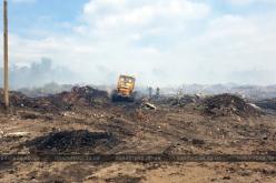 В Павлоградском районе с ночи горит полигон твердых бытовых отходов