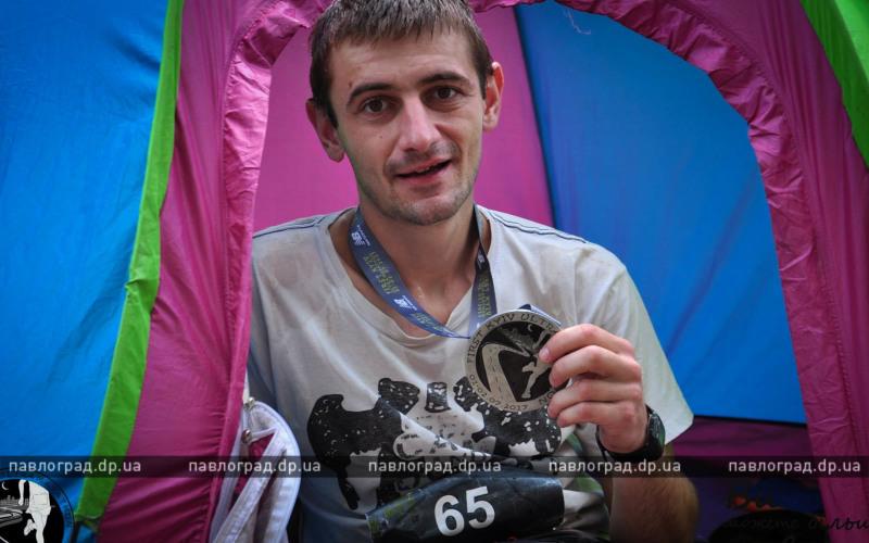 Занимаясь бегом всего 3 месяца, павлоградец сумел пробежать ультрамарафон — 100 км!