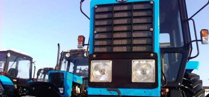 Павлоградские коммунальщики приобретут новый трактор для благоустройства городских парков