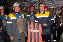 Футболист сборной Украины побывал в павлоградской шахте (ФОТО)