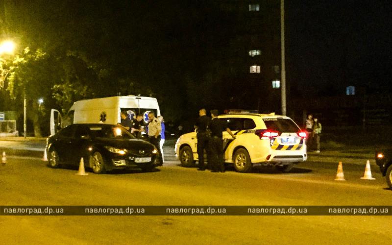 В Павлограде мужчина умер за рулем посреди проезжей части (ВИДЕО)